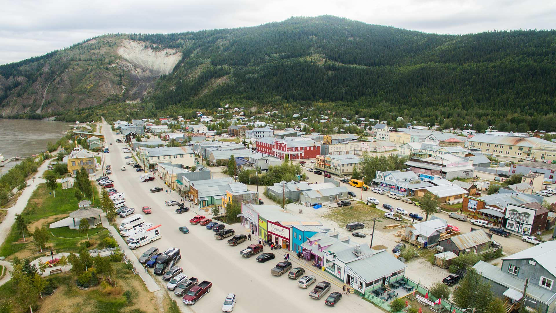 Hotels In Whitehorse Canada